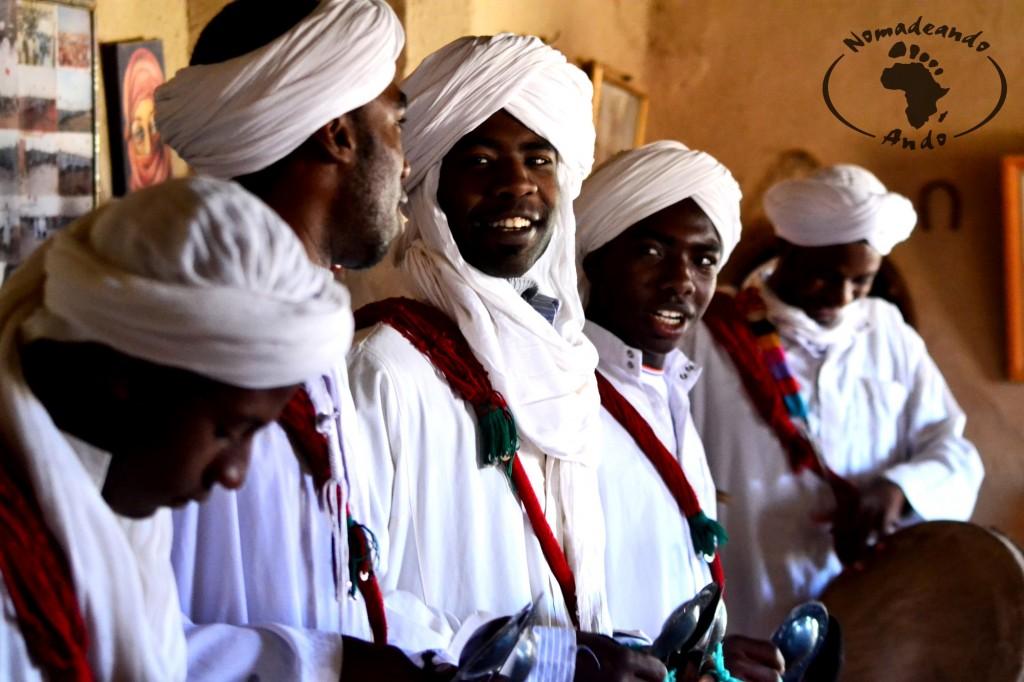 músicos gnawa en Khamlia