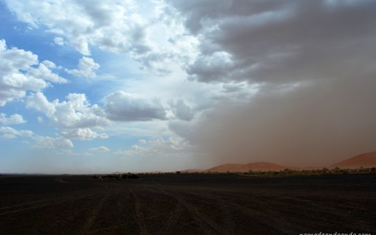 Historias conectadas, en el desierto de Erg Chebbi. Sincronicidades